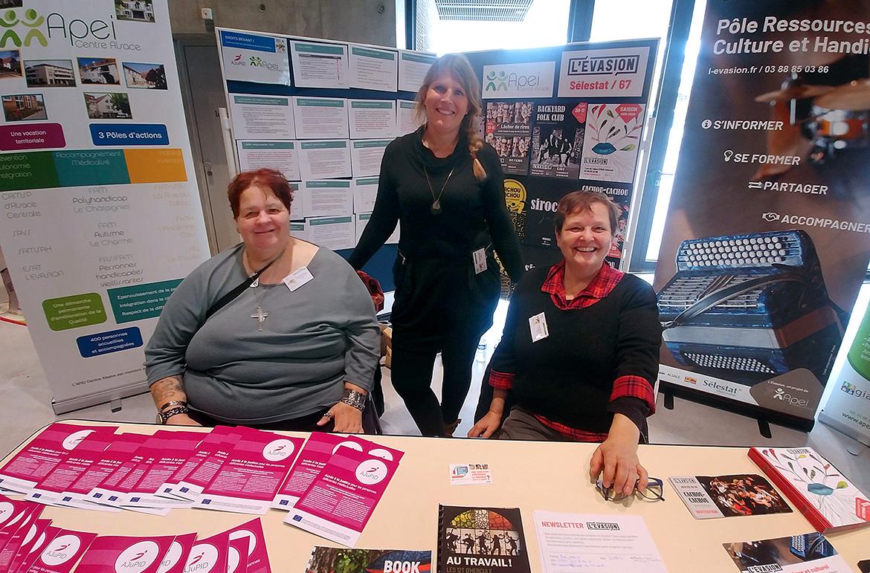 L'Apei Centre Alsace au forum Droits Devant! à Nancy